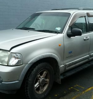 2003 FORD EXPLORER DIFFERENTIAL CENTRE
