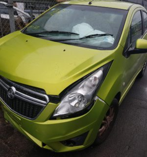 2013 HOLDEN BARINA RIGHT FRONT WINDOW REG MOTOR