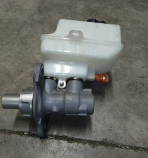 2015 HOLDEN COMMODORE MASTER CYLINDER