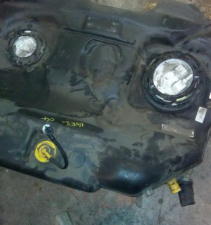 2012 HOLDEN COMMODORE FUEL TANK