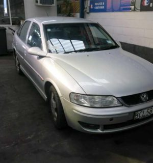 2002 HOLDEN VECTRA AC COMPRESSOR