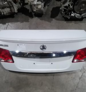 2017 HOLDEN CRUZE BOOT LID TAILGATE