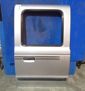 2002 FORD COURIER RIGHT REAR DOOR SLIDING