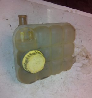 2004 FORD TERRITORY OVERFLOW BOTTLE