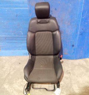 2013 HOLDEN COMMODORE FRONT SEAT