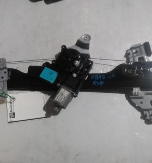 2016 HOLDEN BARINA RIGHT FRONT WINDOW REG MOTOR