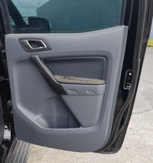 2017 FORD RANGER LEFT REAR DOOR WINDOW