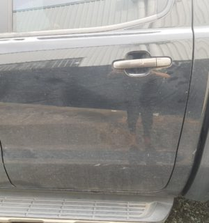 2017 FORD RANGER LEFT REAR DOOR SLIDING