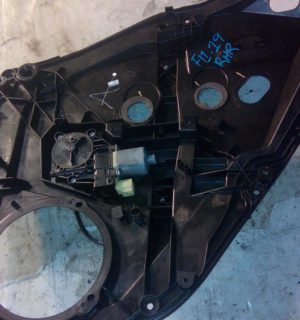 2014 FORD FIESTA RIGHT REAR WINDOW REG MOTOR