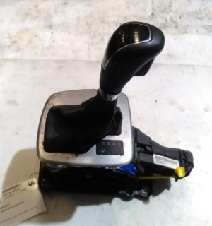 2013 FORD MONDEO GEAR STICK SHIFTER