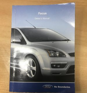 2005 FORD FOCUS OWNERS HANDBOOK / USER MANUAL / HAND BOOK